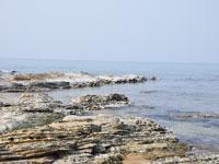 琴引浜の大岩